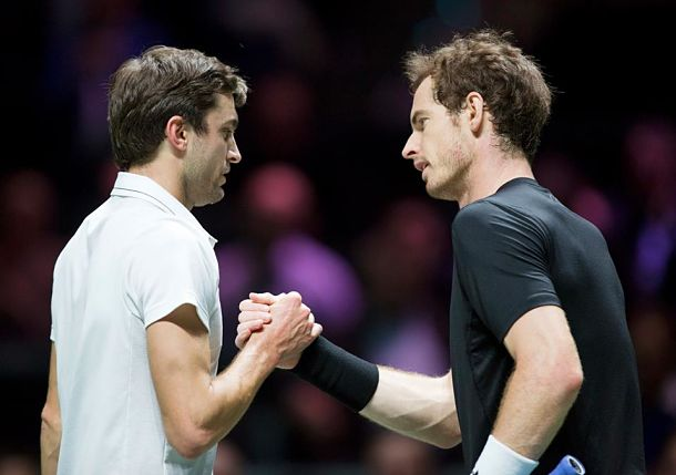 Simon Snaps 12-Match Losing Streak vs. Murray in Rotterdam