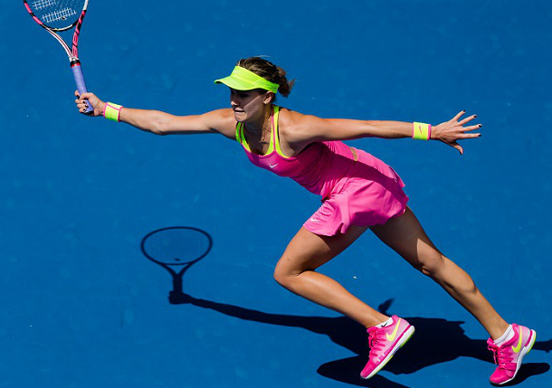 Bouchard Sharp and Sloppy Reaching Quarterfinals