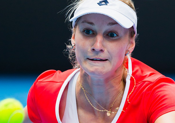 Makarova Sweeps Halep; Rolls Into Second Straight Major Semifinal
