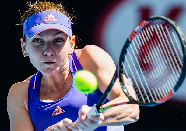 Halep Cruises as Kvitova, Wozniacki Struggle in Dubai