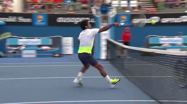 Video: Wicked Spin Fools Leander Paes in Mixed Doubles Match