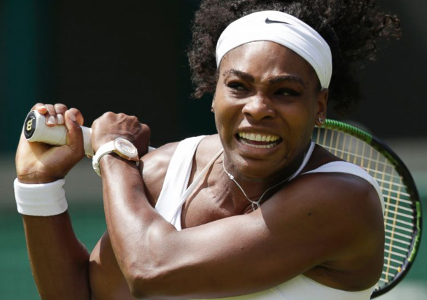 Serena Beats Venus to Roll Into Wimbledon Quarterfinals