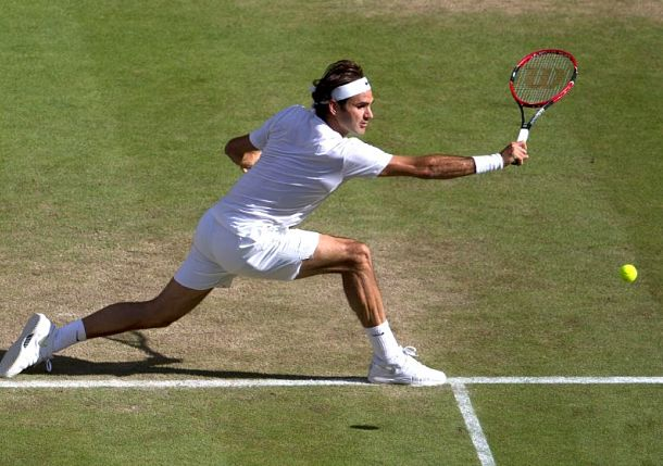 Flawless Federer Eases Past Murray to Reach 10th Wimbledon Final