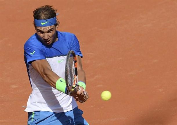 Nadal Eases Past Cuevas in Hamburg