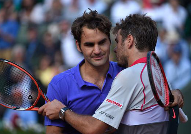 Wawrinka Overpowers Federer to Reach French Open Semifinals