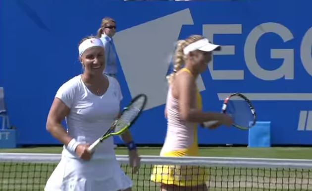 Video: Wozniacki and Kuznetsova Get up Close and Personal in Eastbourne