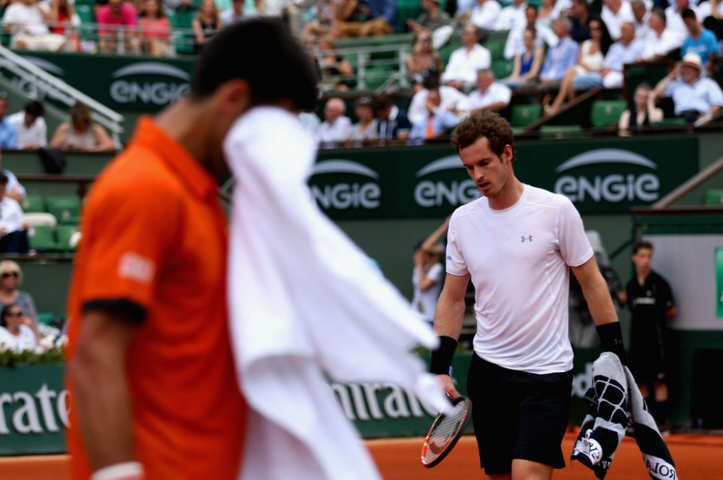 Djokovic Soars, Murray Responds, Rain Intervenes in Paris
