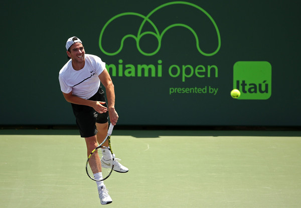 Mannarino Sees Off Wawrinka with Two Tiebreaks in Miami