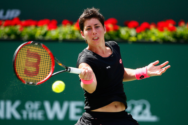 Suarez Navarro Outlasts Venus in Miami Quarters