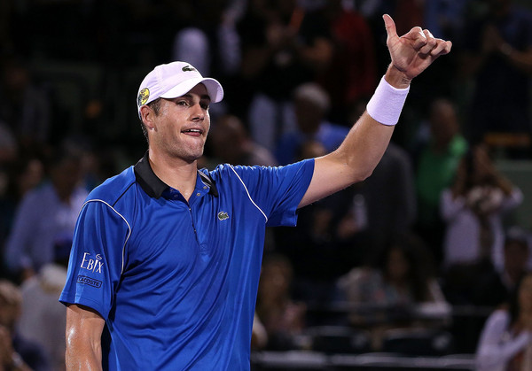 Isner, Fognini Advance in Rome