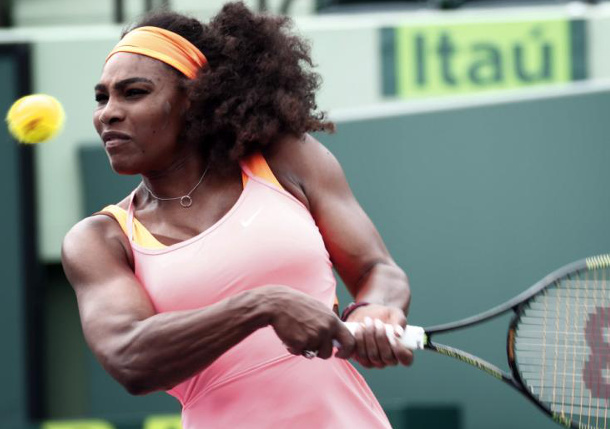 Serena Leads U.S. Against Italy in Fed Cup Playoff
