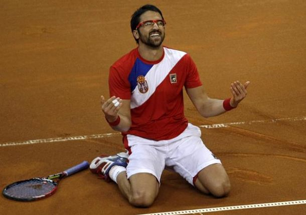 #TBT: Tipsarevic's Magic Trick vs. Hewitt, 2007 Davis Cup