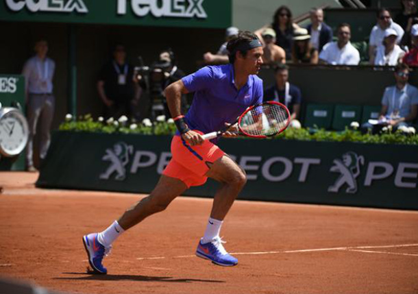 Federer Flies Into French Open Fourth Round for 11th Straight Year
