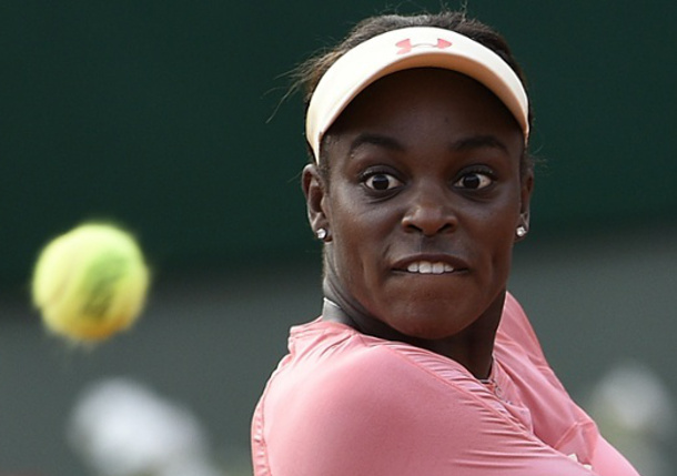 Stephens Tops No. 15 Seed Venus in French Open First Round