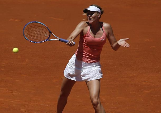 Sharapova, Azarenka Advance in Madrid