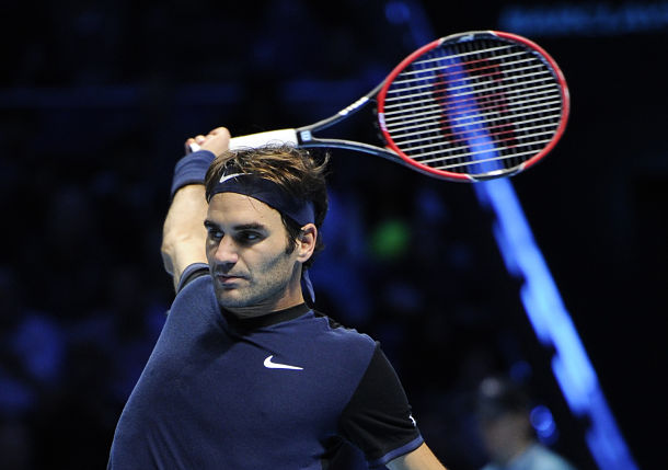 Federer Snaps Djokovic's Win Streak, Reaches London Semis