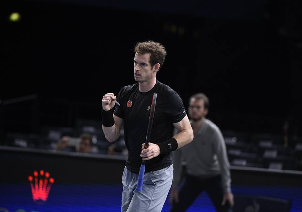 Murray Rolls Into Paris Final