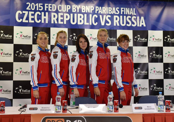 Kvitova vs. Pavlyuchenkova Opens Fed Cup Final