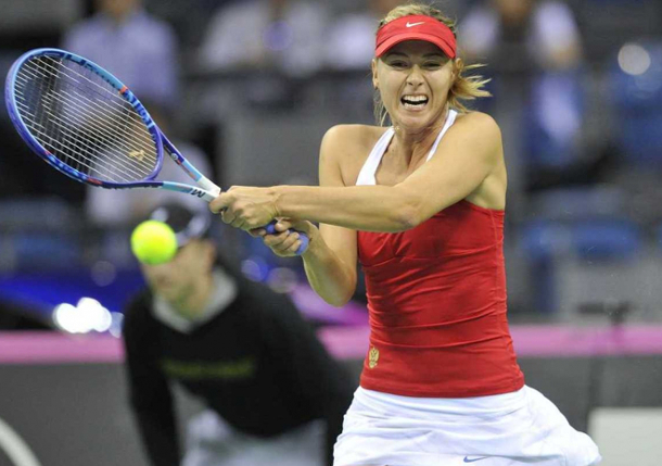 Sharapova Leads Russian Drive For Five