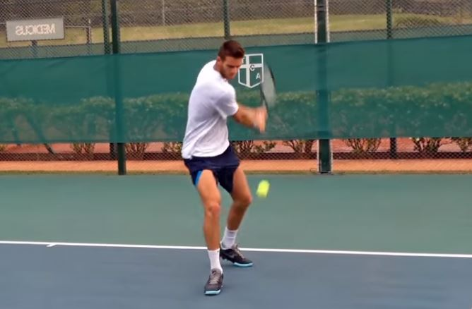 Video: Juan Martin del Potro Finally Hits Backhands