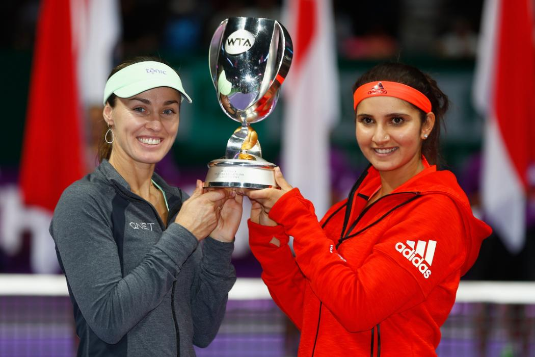Hingis and Mirza Storm to Singapore Title, Year-End No. 1 Ranking
