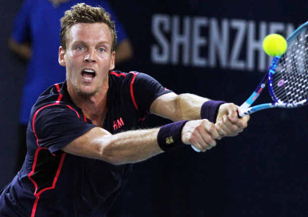 Berdych Tops Garcia-Lopez to Take Shenzhen Title