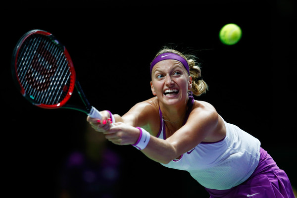Kvitova Roars Back Against Sharapova in Singapore
