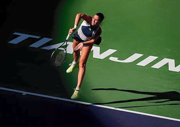 Pennetta, Safarova See Singapore Hopes Dented