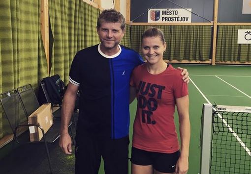 Safarova Training Again, Preparing for Linz Return