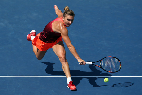 Halep Survives Battle of Attrition to Reach First US Open Quarterfinal