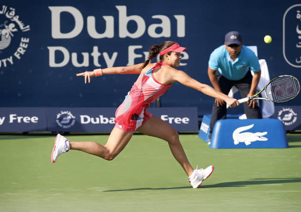Ivanovic Powers Past Top-Seeded Halep in Dubai