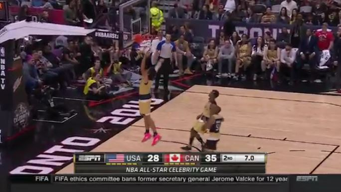 Watch: Milos Raonic Dunks at NBA Celebrity All-Star Game