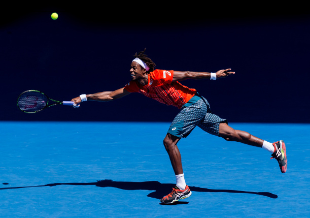 Watch: Monfils, Krajicek Play Vertical Tennis