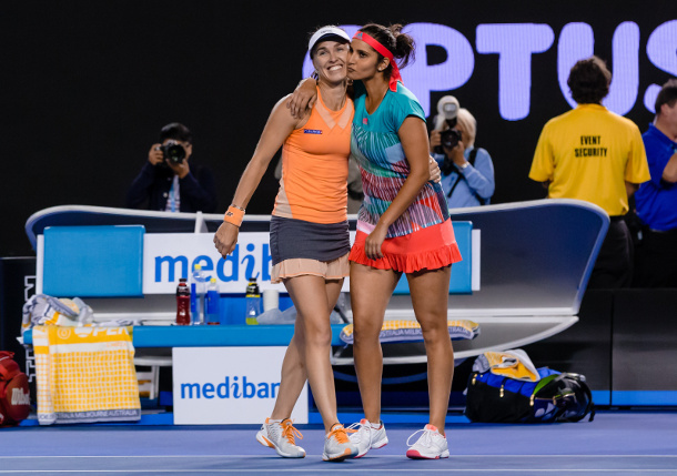 Hingis, Mirza Rule Oz, Aim for Santina Slam
