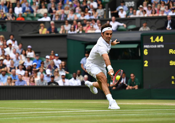 Wimbledon Fall Did Not Impact Federer's Knee Says Coach