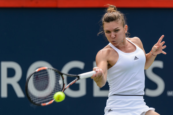 Halep Recovers Then Routs Kuznetsova in Montreal