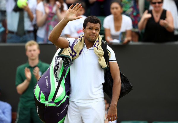 Tsonga Edges Isner 19-17 in Final Set Marathon