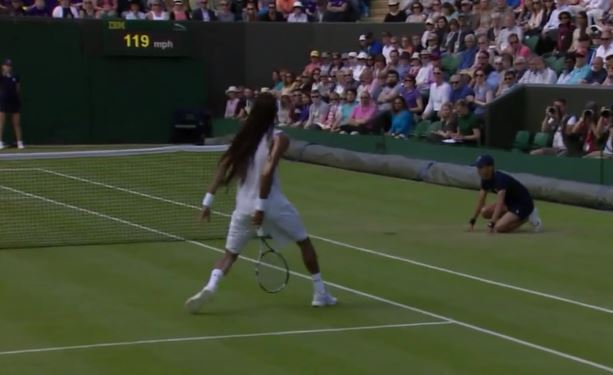 Dustin Brown Feathers One from Between the Wickets
