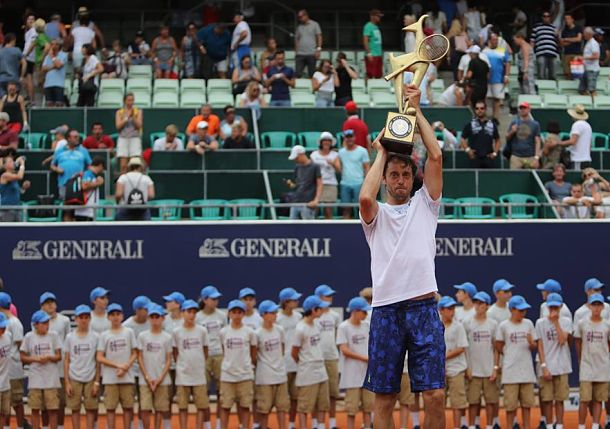 Lorenzi Becomes ATP's Oldest First-Time Winner at Kitzbuhel