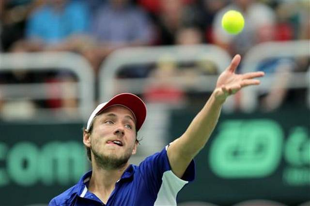 Lucas Pouille Brings Heavy-Hearted French Even with Czechs