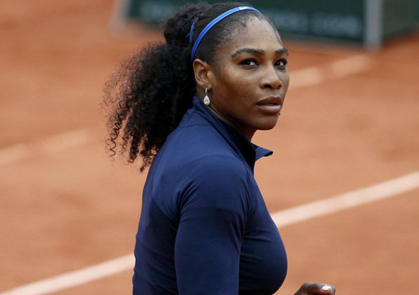 Evert: Elite Players View Serena as Vulnerable