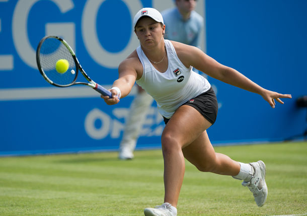 Konta Falls, Barty Rises in Nottingham