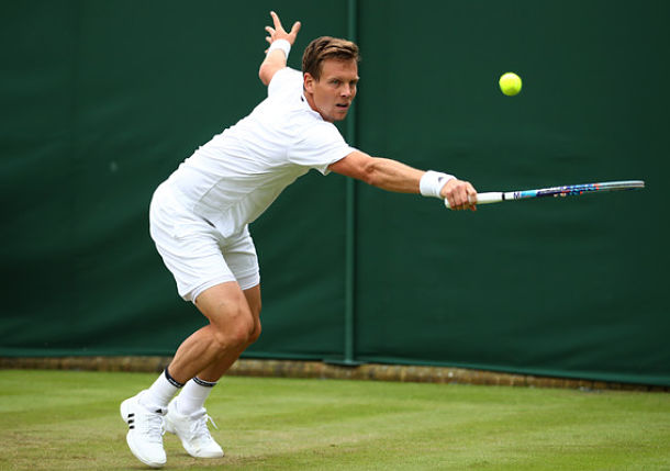 Berdych Happy to Sneak Through Before Rain on Day 3