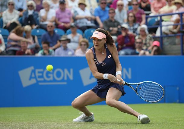 Radwanska Rolls, Kvitova Crashes at Eastbourne