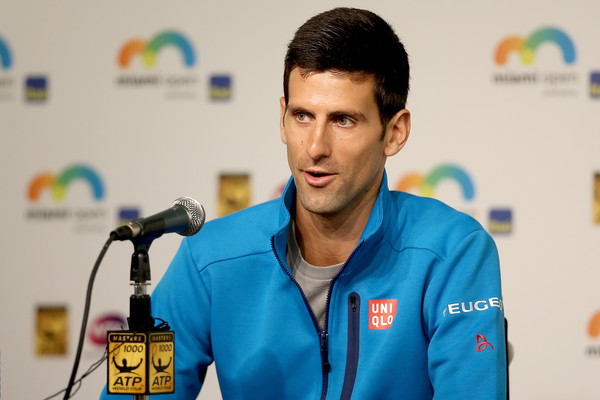 Djokovic Meets Evert and King to Discuss Equal Pay