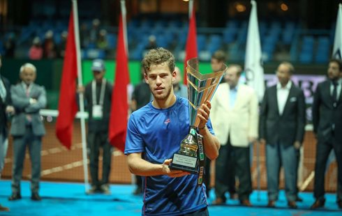 Schwartzman Wins Istanbul Title After Dimitrov Meltdown