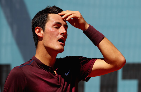 Watch: Tomic Fails in Handle Return Against Fognini