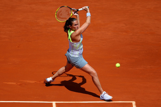 Vinci, Errani, Pliskova Ousted in French Open Openers