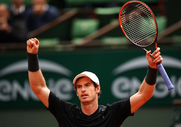 Survive and Thrive: Murray Fends off Stepanek in Five