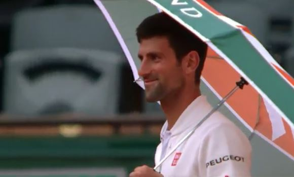 Novak Singin' in the Rain During Round of 16 Tilt